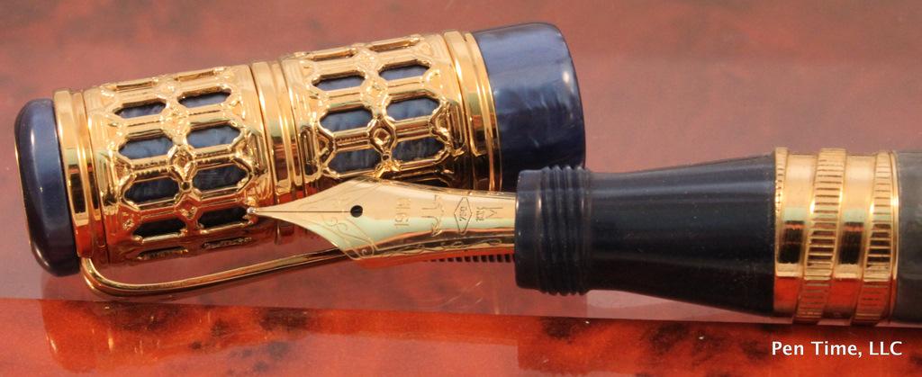 Ancora Limited Edition Gold Torre Di Pisa Fountain Pen