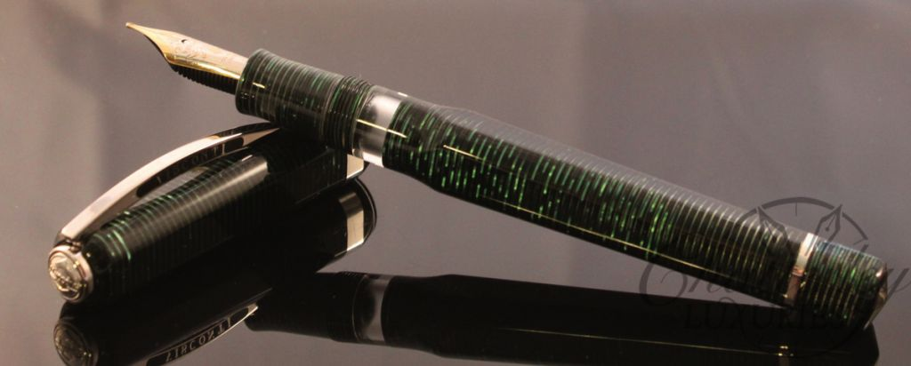Visconti Wall Street Limited Edition Green Pearl Fountain Pen