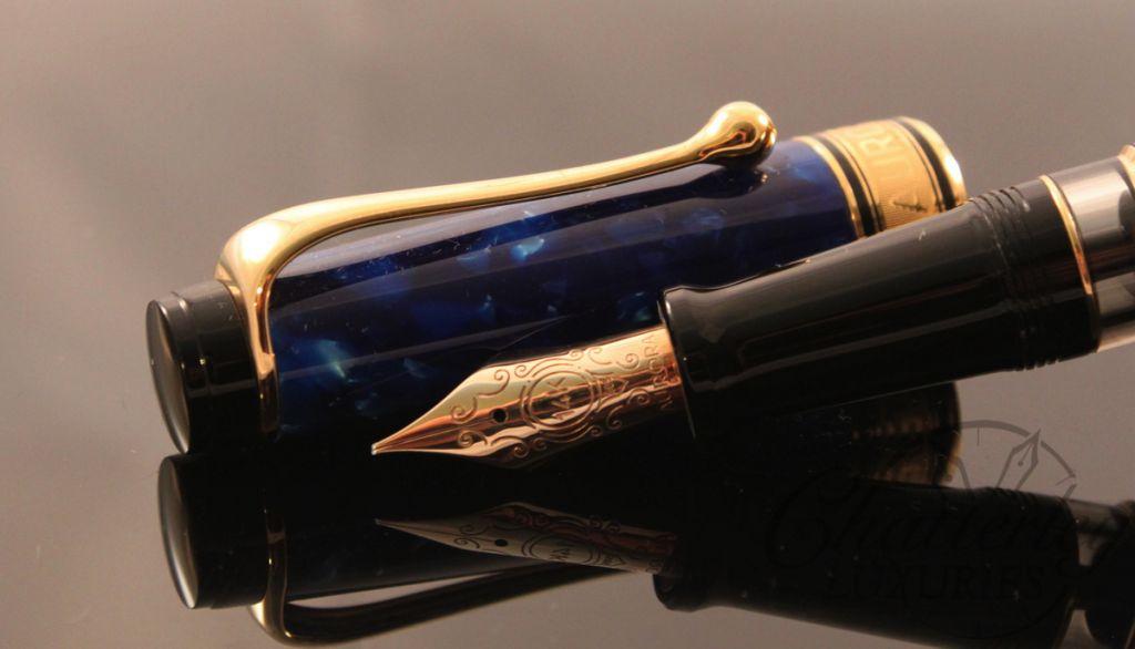 Aurora Optima Blue Calligraphy set fountain pen (1)