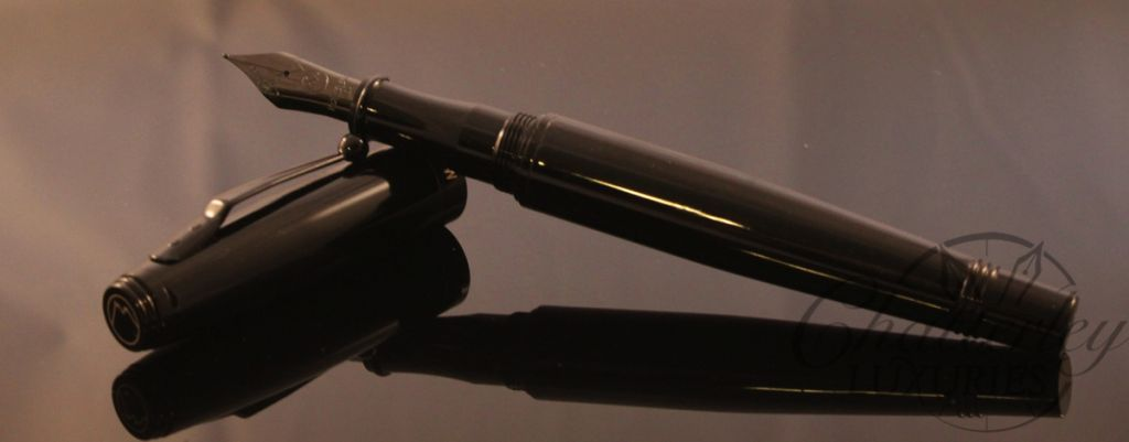 Monteverde Invincia Stealth Pen (1)