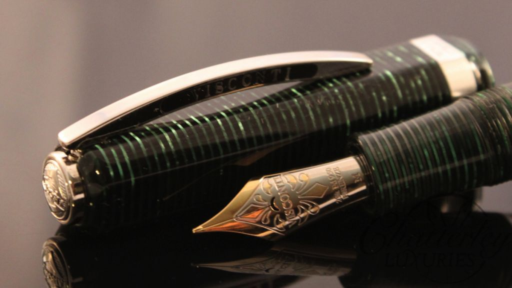 Visconti Wall Street Limited Edition Green Pearl Fountain Pen (1)