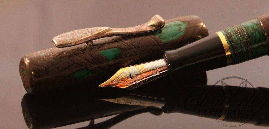 Hand Painted Voyager Meteor Fountain Pen (2)