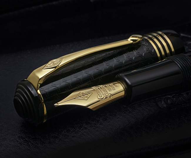 Conway Stewart Celebration Raleigh Special Edition Fountain Pen2
