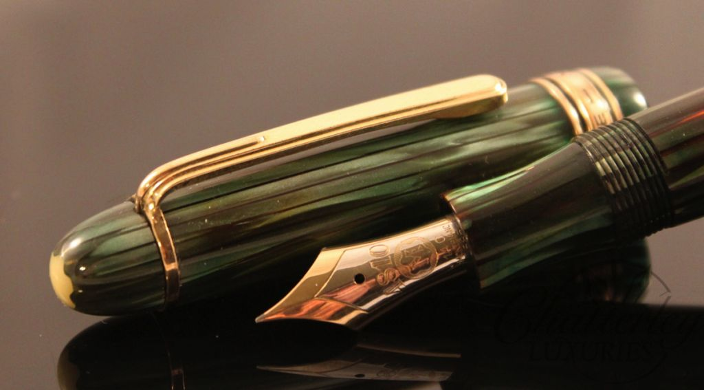 Montblanc Vintage Green Striated Celluloid 146 Fountain Pen