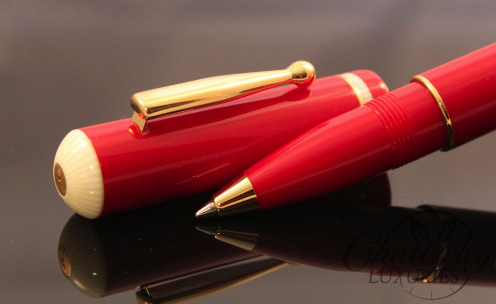 Delta Via Veneto Red with Gold Rollerball Pen