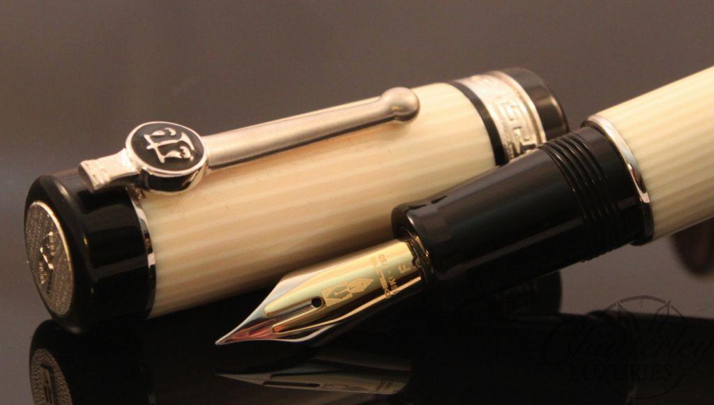 Delta LEX Lawyer Pen White Button Filler Fountain Pen