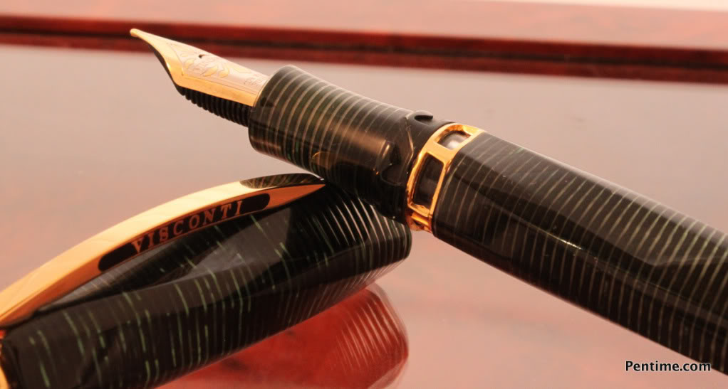Visconti Cosmo Green Gold4