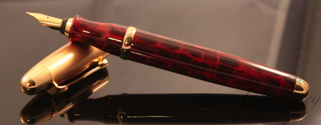 Danitrio Torpedo Fountain Pen Red with Gold Cap