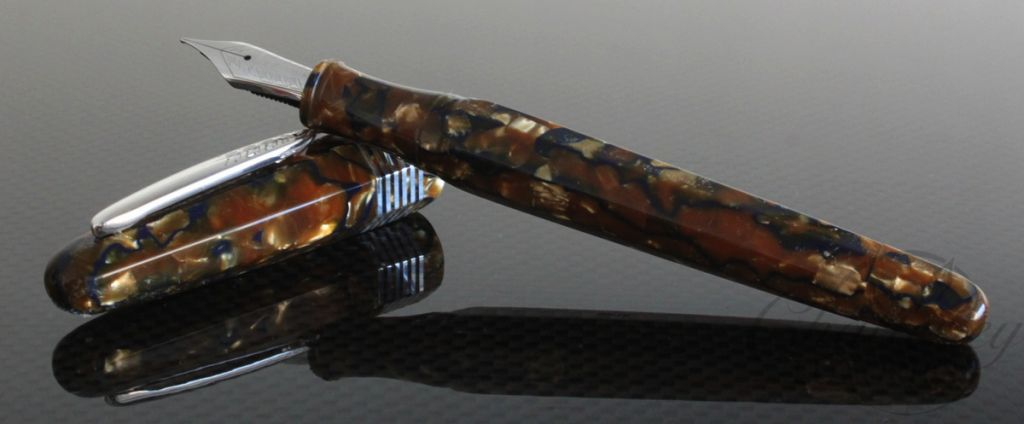 Stipula Limited Edition Champagne Celluloid Faceted Etruria Fountain Pen