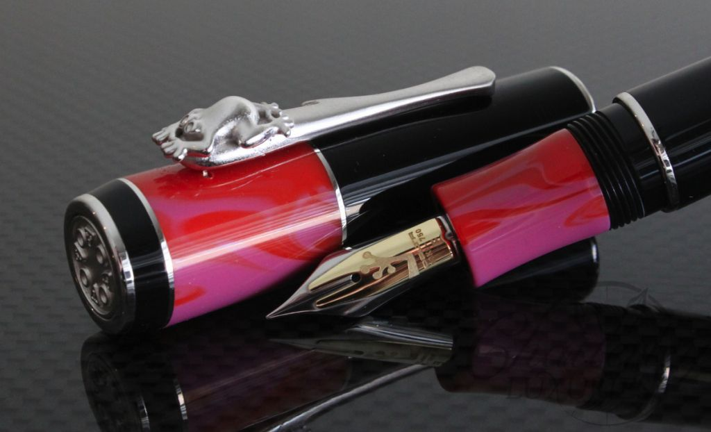 Delta Bribri Cartridge Convertor Fountain Pen