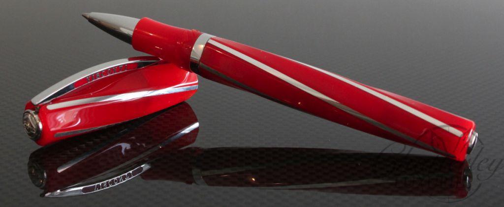 Visconti red divina elegance limited edition rollerball pen for Sconti divani