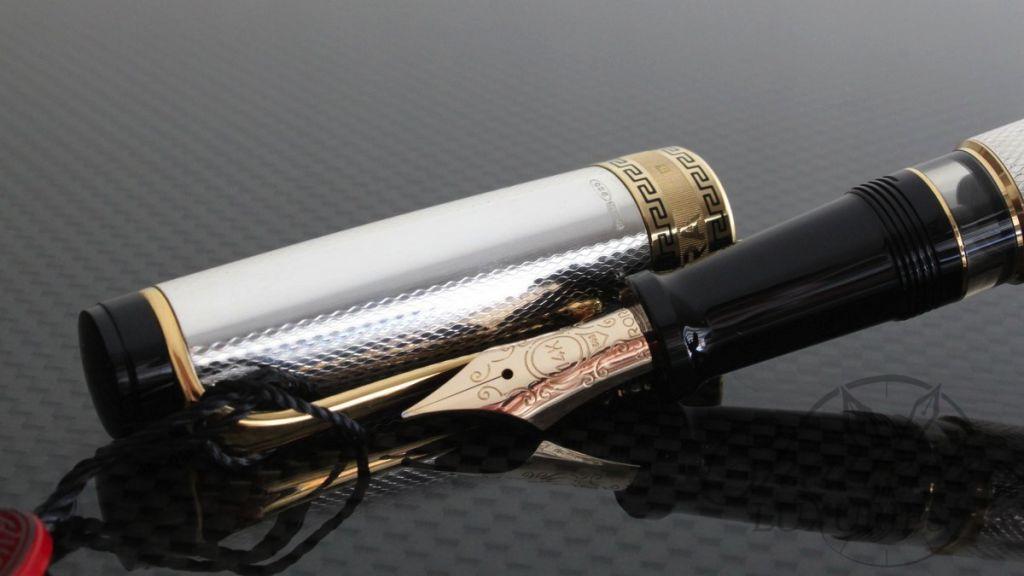 Aurora Solid Silver Optima Fountain Pen2