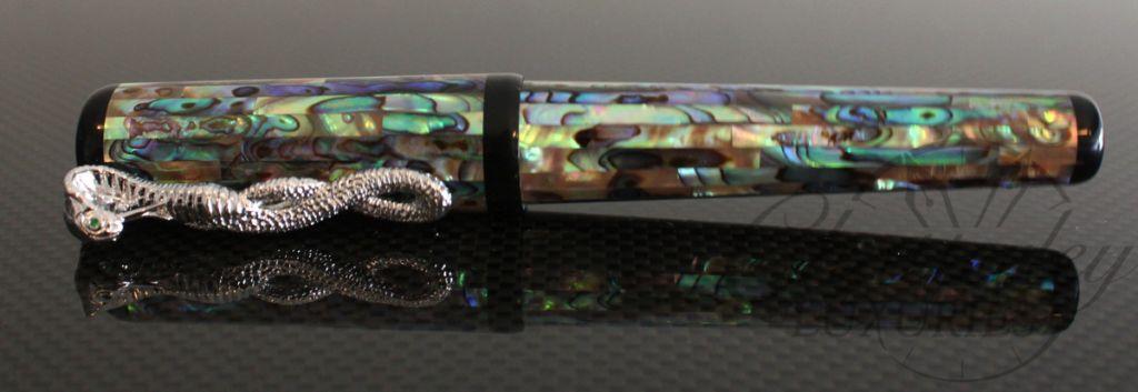 Danitrio Pearlescent MOP Snake Clip Fountain Pen
