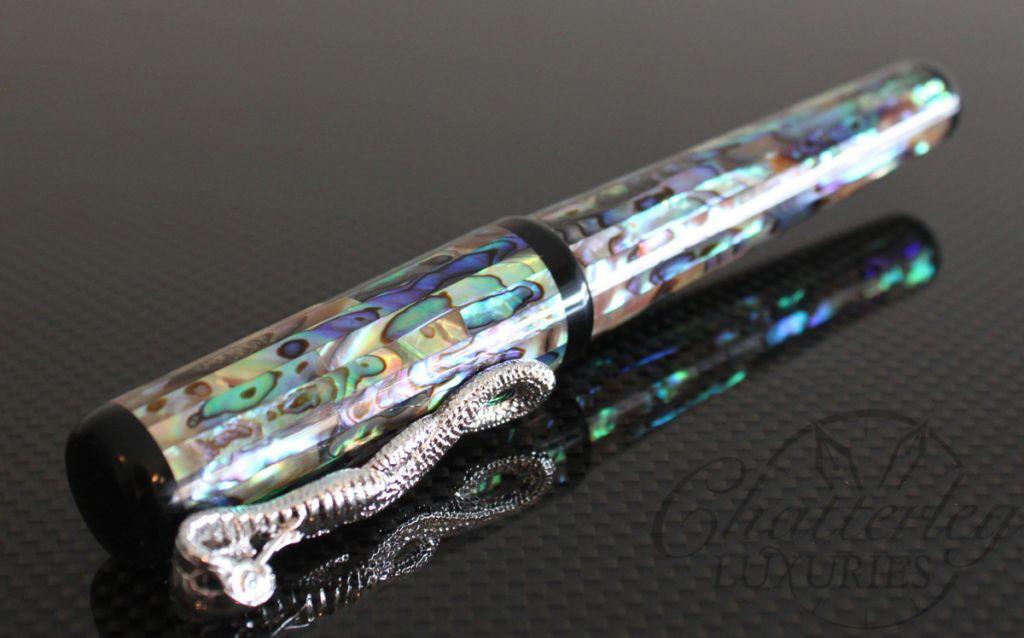 Danitrio Pearlescent MOP Snake Clip Fountain Pen3