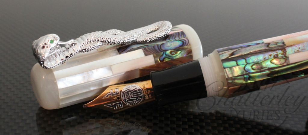 Danitrio Mother of Pearl Fountain Pen