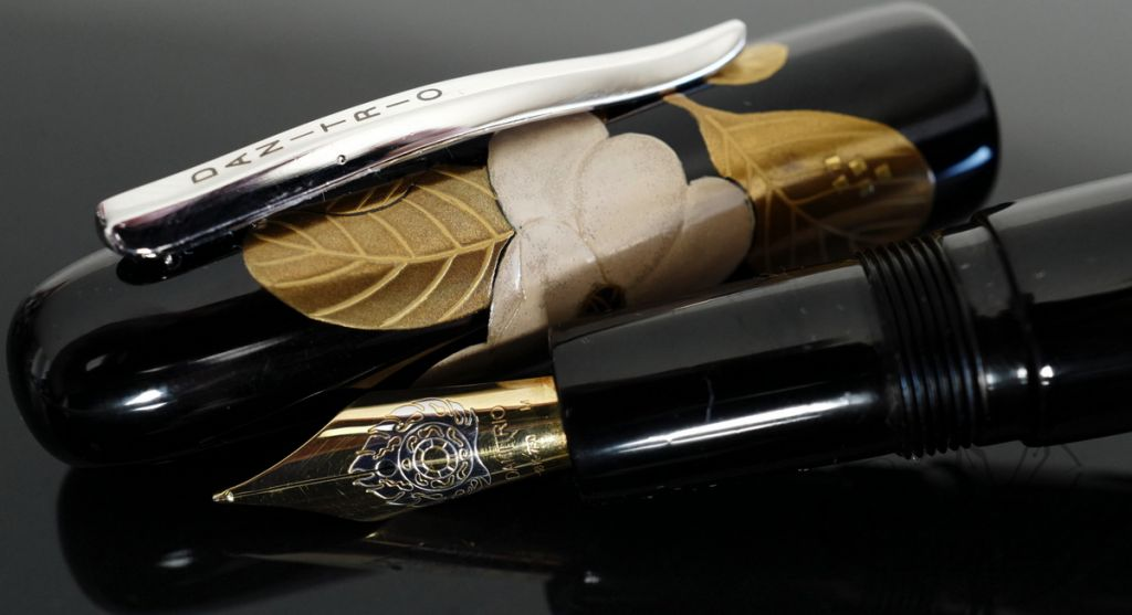 Danitrio Urushi Maki-e Oeyama Lotus on Takumi Fountain Pen