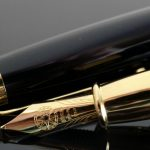 Signum Nova Black and Gold Fountain Pen 18KT Gold Nib