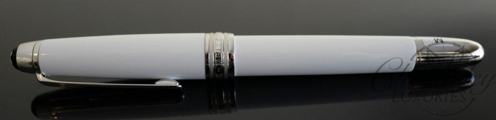 Montblanc Meisterstück White Solitaire Classique Fountain Pen
