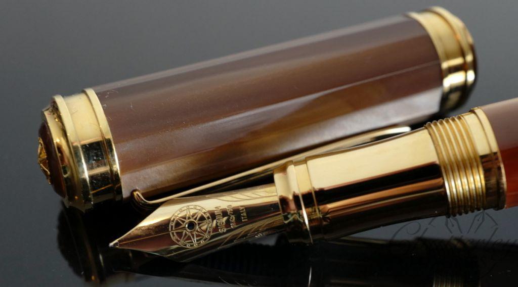 Signum Carina Cappuccino Mist Fountain Pen 18KT Gold Nib
