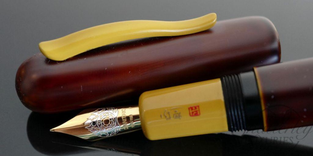 Danitrio Urushi Irokeshi-dame Yellow on Takumi with painted clip