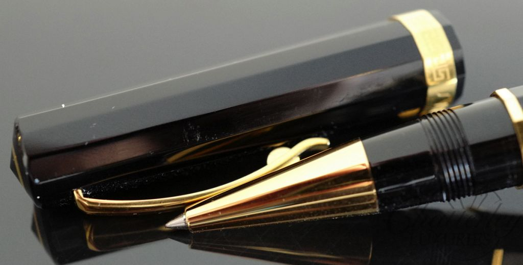 Omas Black Vegetal Resin Gold Milord Rollerball