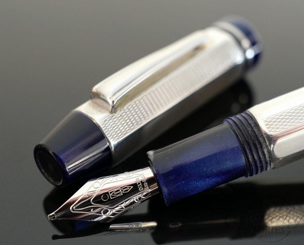 Delta Sterling Silver Profili Fountain Pen - Blue