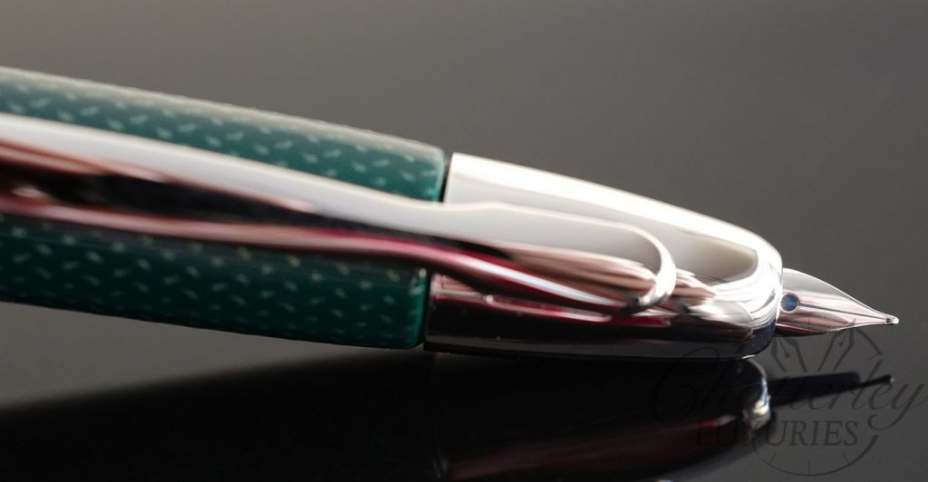 Pilot Vanishing Point Limited Edition Carbonesque Green Fountain Pen