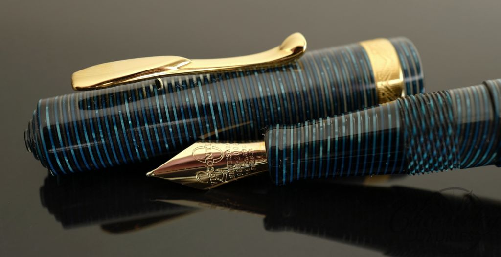 Visconti Manhattan Blue Fountain Pen
