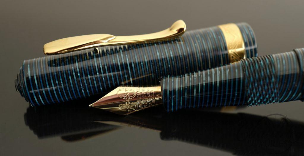 Visconti Manhattan Blue Fountain Pen