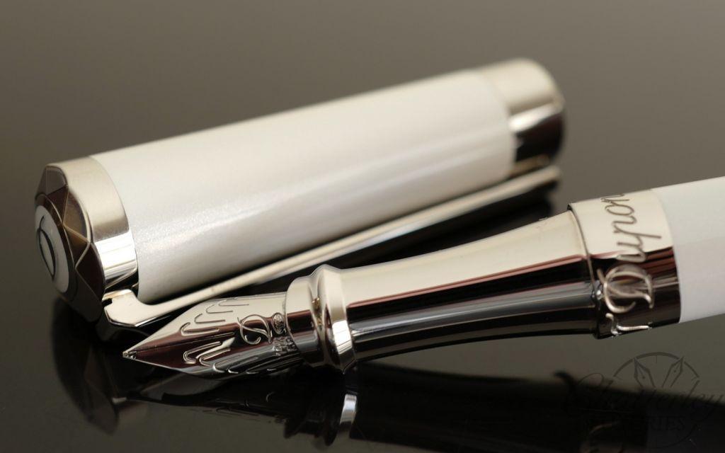 ST Dupont Liberte Fountain Pen - Pearly White & Palladium