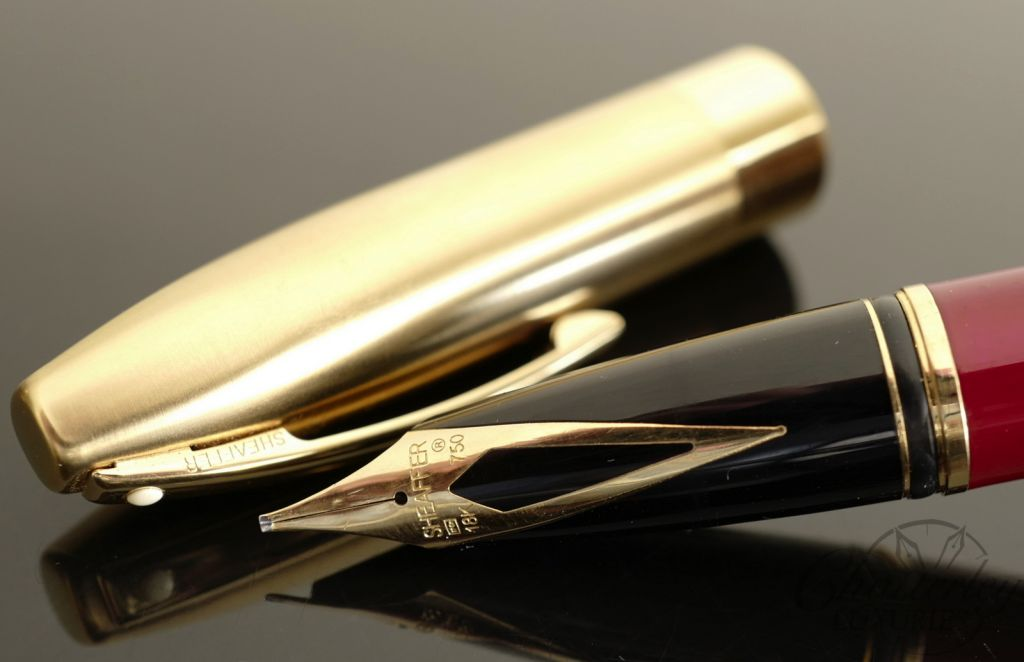 Sheaffer Legacy Burgundy & Gold Fountain Pen