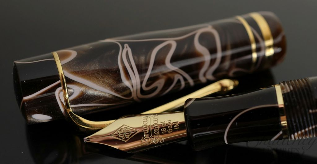 Conway Stewart Wellington Mocha Fountain Pen
