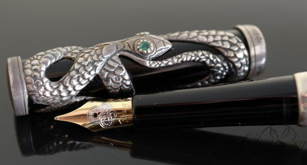 Parker Limited Edition Silver Snake Fountain Pen