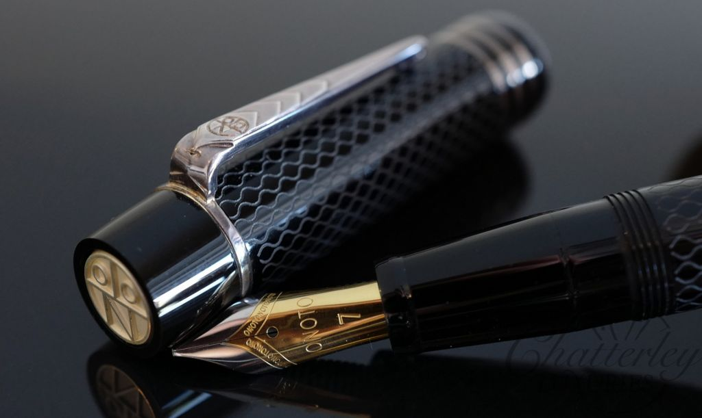 Onoto Magna Classic Black and Silver Fountain Pen
