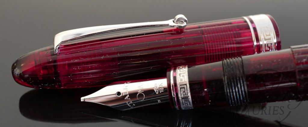 Omas Ogiva Cocktail Fountain Pen-Bloody Mary