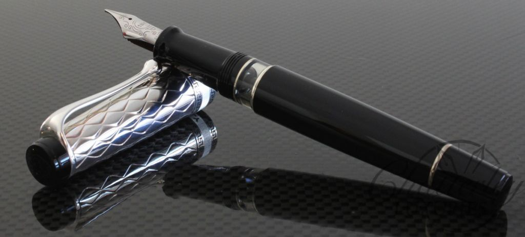 Aurora Optima Riflessi Sterling Silver Cap with Black Barrel Fountain Pen