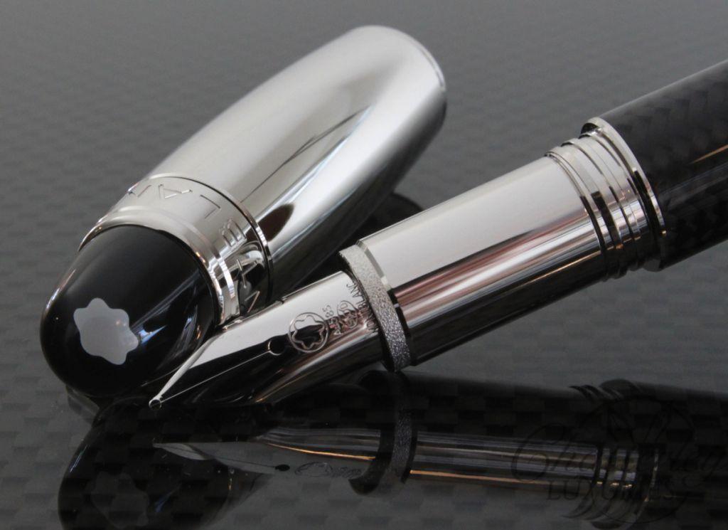 Montblanc Starwalker Carbon Fiber Platinum Cap Fountain Pen