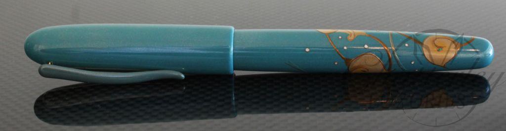 Danitrio Maki-e Urushi Calla Lilies with Blue Painted Clip Fountain Pen