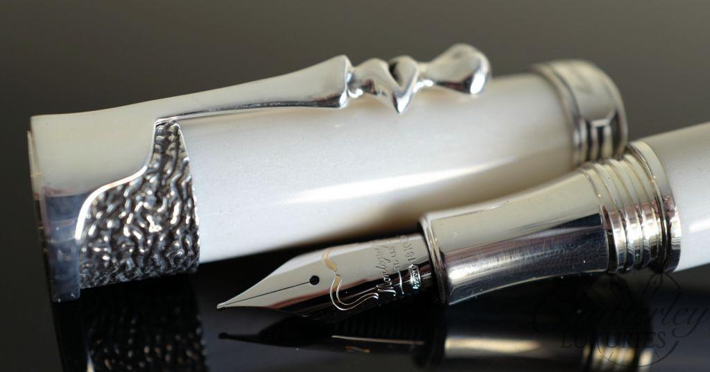 Montblanc 146 Meisterstück Solitaire Doué Geometric Dimension LeGrand Fountain Pen