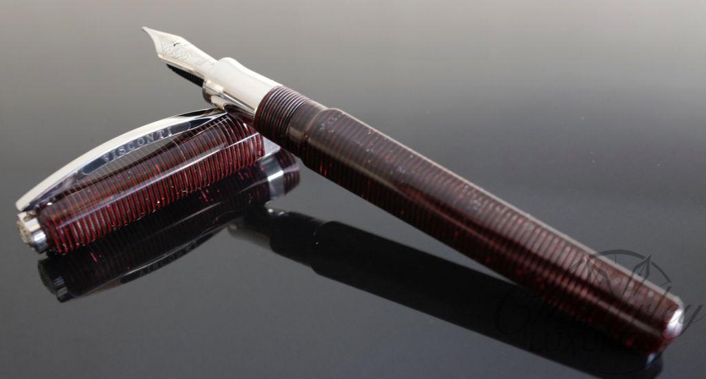 Visconti Fountain Pen Wall Street Regular Edition Red