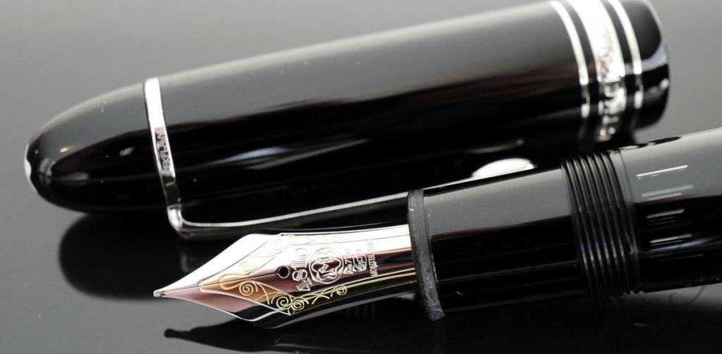 Mont Blanc Platinum Pen