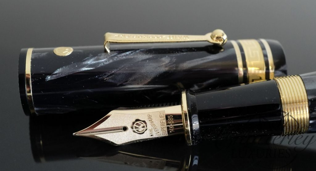 Wahl Eversharp DECOBAND Gold Seal Oversized Limited Edition Striated Black/Grey Celluloid Fountain Pen